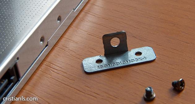 montați lamela de fixare pe Caddy