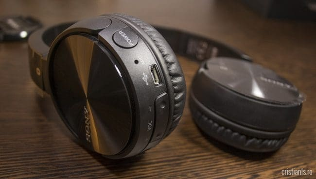 SONY MDR-ZX330BT - Butoane multimedia