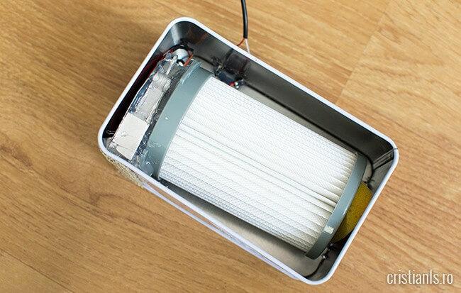 fixarea filtrului HEPA în cutia de ceai