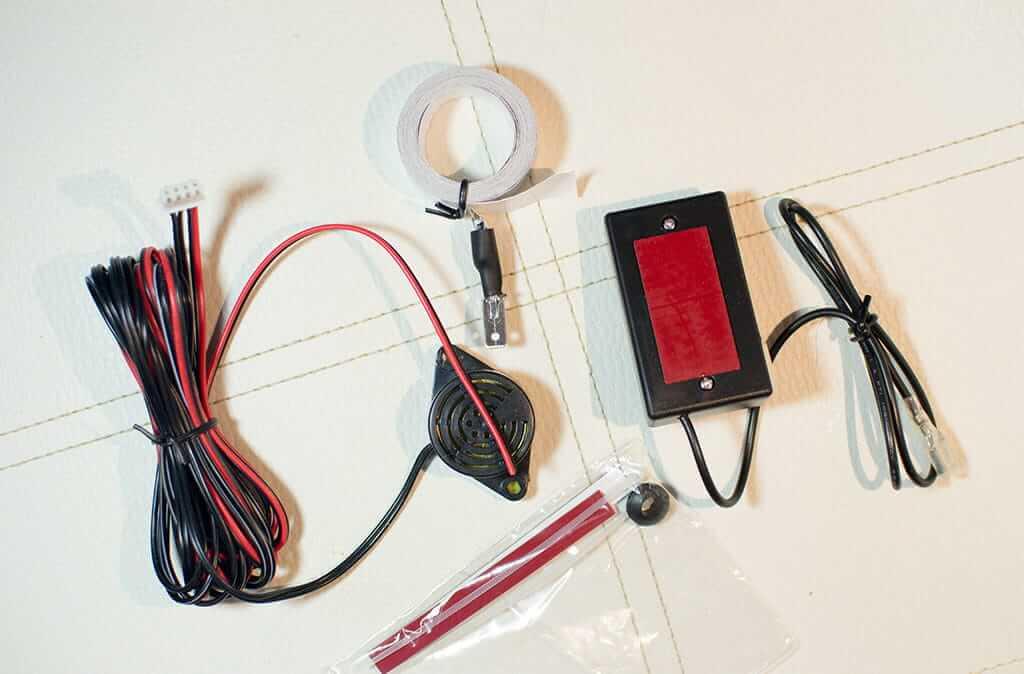continut cutie senzori de parcare cu banda electromagnetica